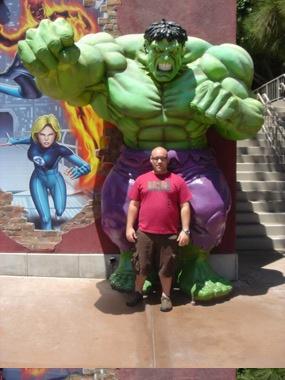 Kelvis w/ Hulk